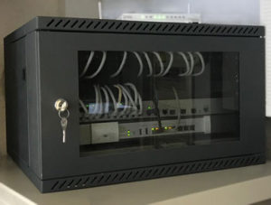Reorganizar armario de comunicaciones - Después - 201902 - OnSAT - Servicios Informáticos